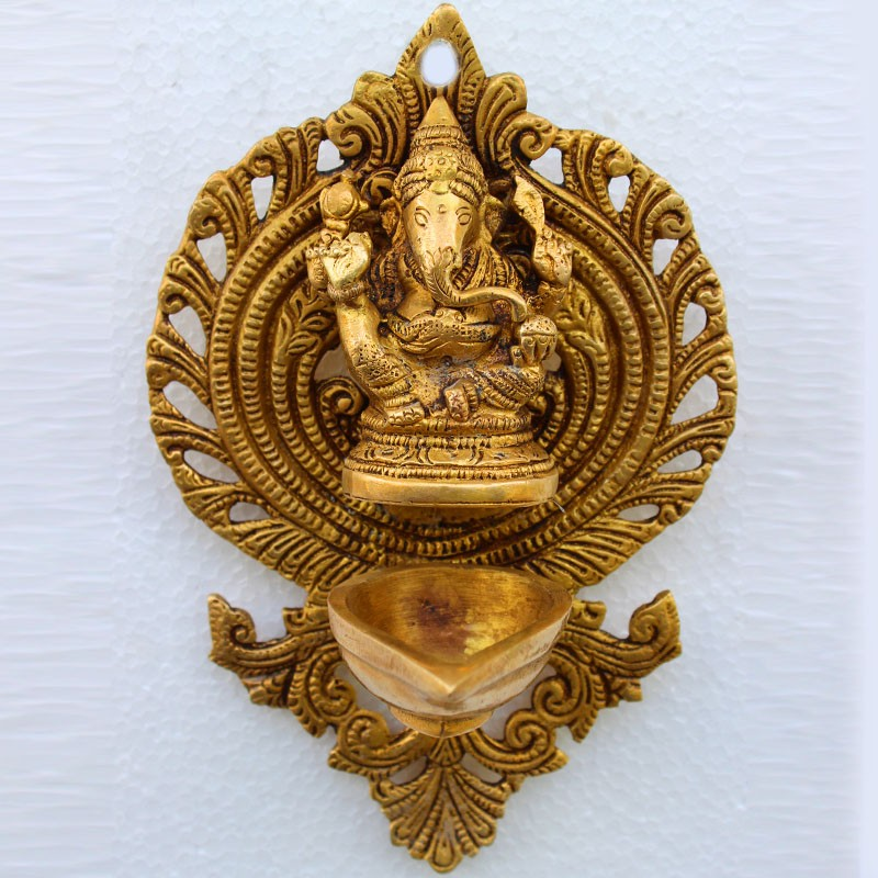 Gajanana wall hanging diya