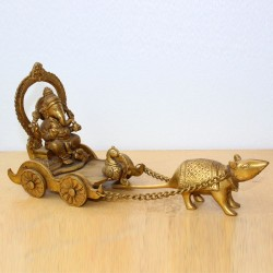 Ganapathi in chariot driven by mouse