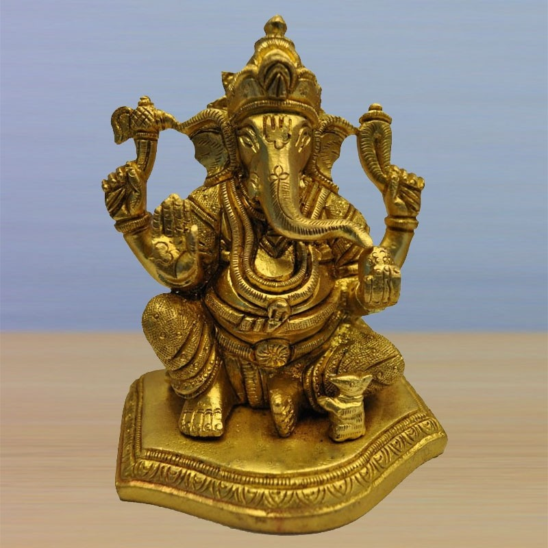 Ganesha with Shanka Chakra