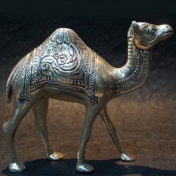 Beautifully crafted Aluminium Camel idol