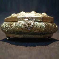 Aluminium flower crafted Jewellery box