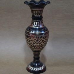 Flower shaped opening brass flower vase