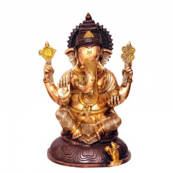 Ganesha Blessing with Shanka and Chakra