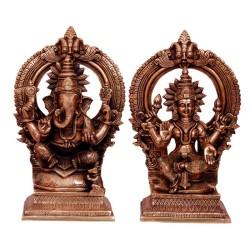 Blessing Gajanana & Lakshmi On peeta Prabhavli