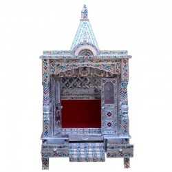 Designed Puja Mantap