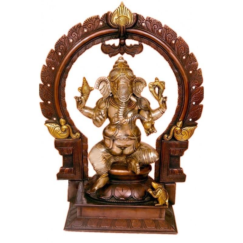 Two Tone Coloured Ganesha on Peeta