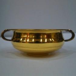 Buy shining urli made of brass